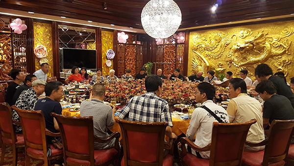 創業70周年記念式典での食事会
